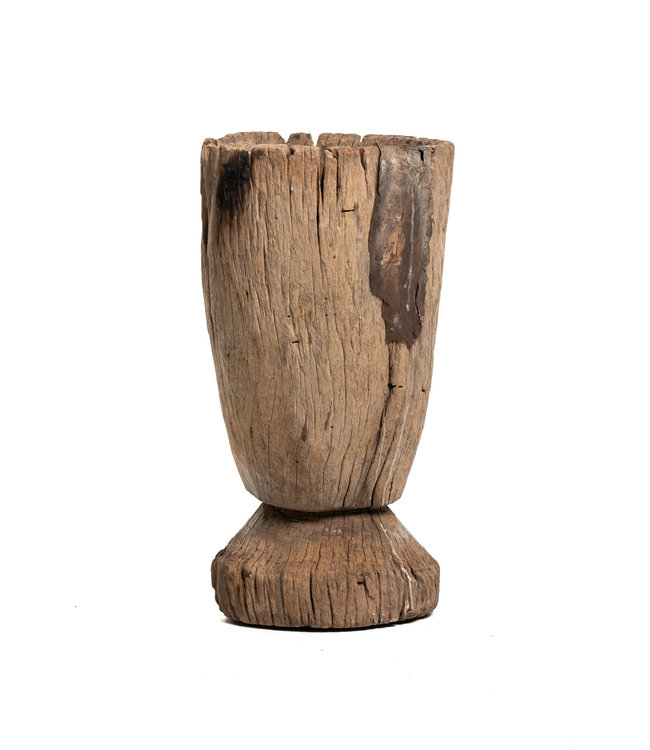 Old wooden mortar Mossi #9