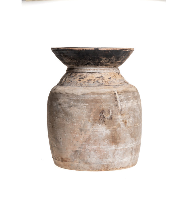 Old wooden water jar - L