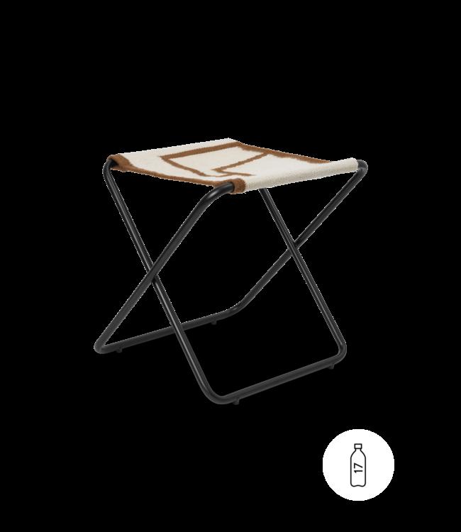 Desert stool - black/shape