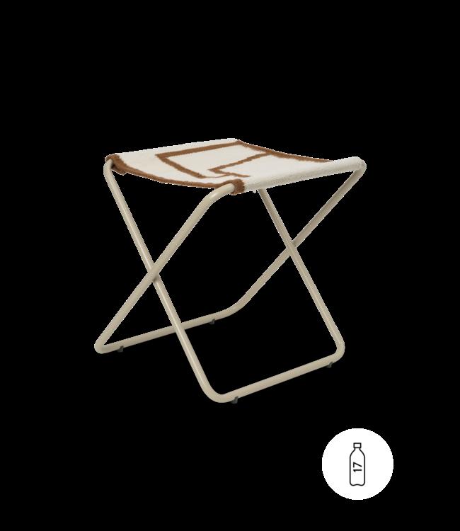 Desert stool - cashmere/shape