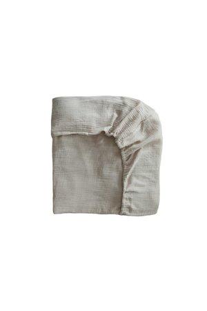 Mushie Crib sheet - fog