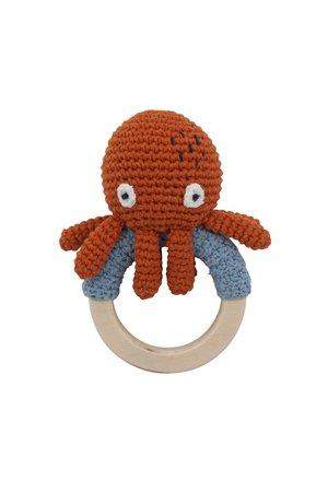 Sebra Crochet rattle on ring, morgan the octopus, rusty