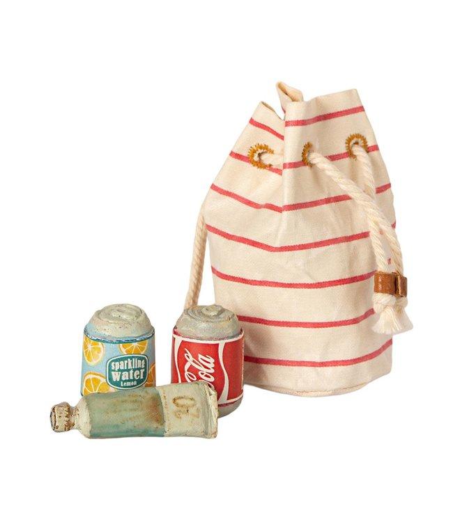 Bag w. beach essentials