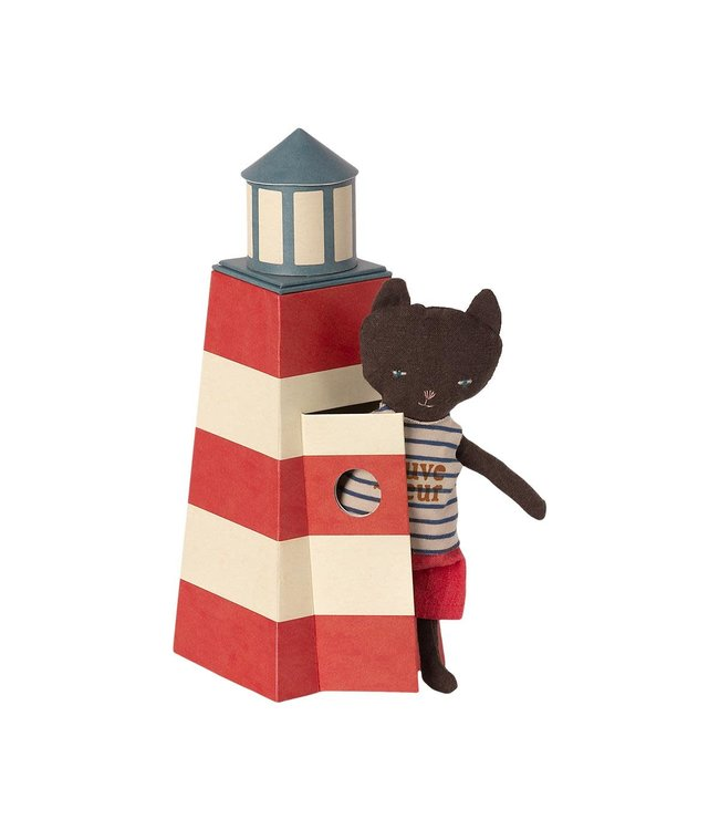 Tower w. cat