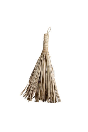 Tine K Home Small broom of palm leaves