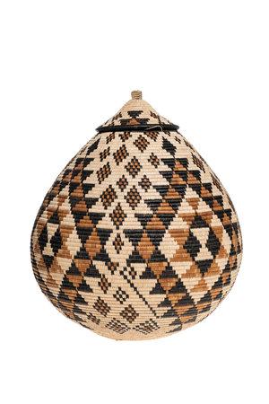 Beauty Ngxongo master weaver Ukhamba #1