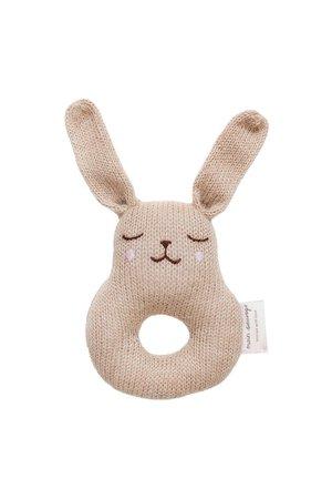 Main Sauvage Bunny rattle - sand