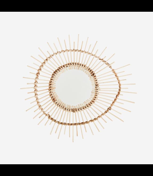 Kleine ovale spiegel met bamboe frame