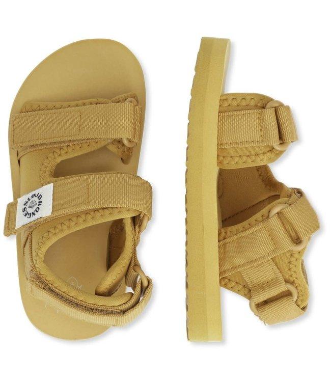 Konges Sløjd Sun sandaaltjes - mustard gold