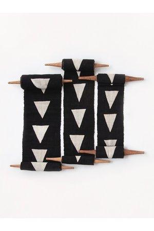 AAAA Bogolan totem - purpose - black/white