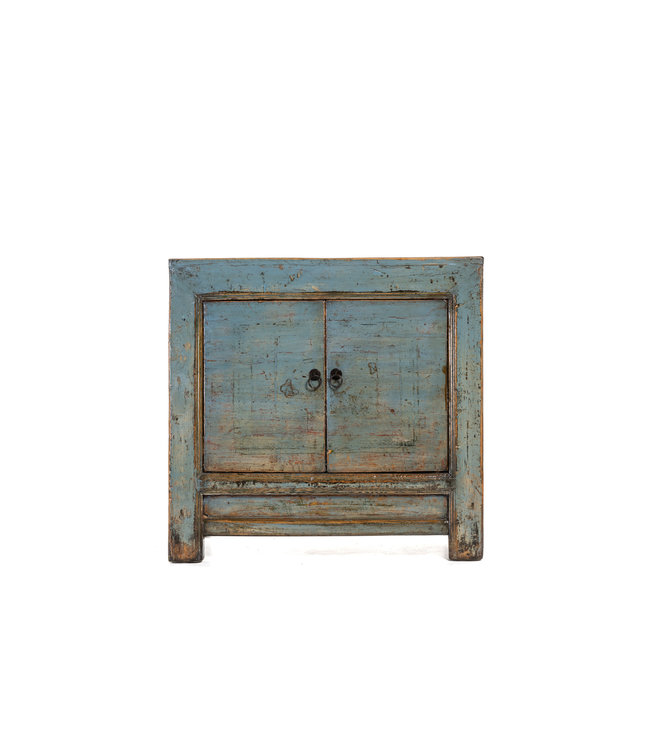 Small blue cabinet with 2 doors