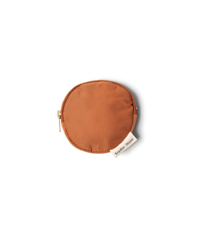 Rust puffy wallet