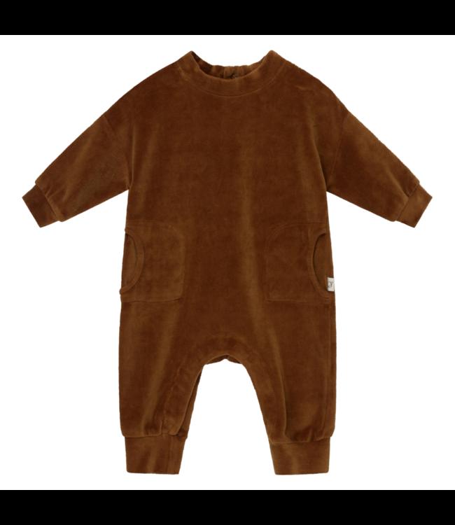 Lou organic baby velour jumpsuit - caramel