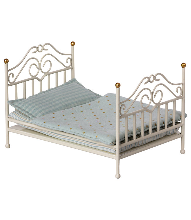 Vintage bed, micro - off white