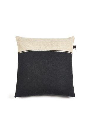 Libeco Marshall deco cushion - black-flax