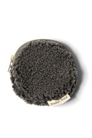 Studio Noos Dark grey teddy wallet