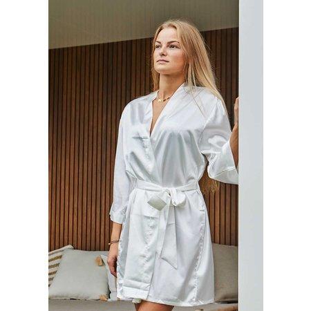 Satin-Luxury Witte satijnen kimono met naam borduren