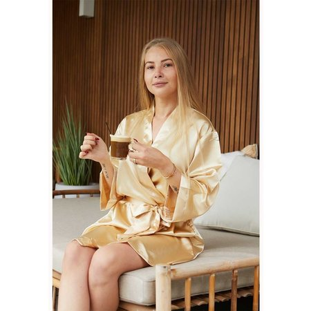 Satin-Luxury Champagne satijnen kimono met naam borduren