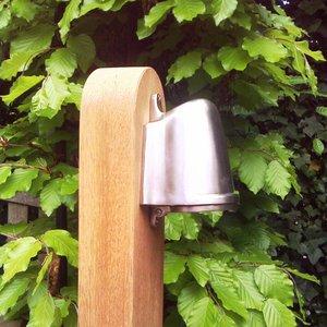 Authentage verlichting National Garden Post Balume on Wooden Pole