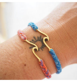 At Aloha At Aloha Makai Wave Bracelet