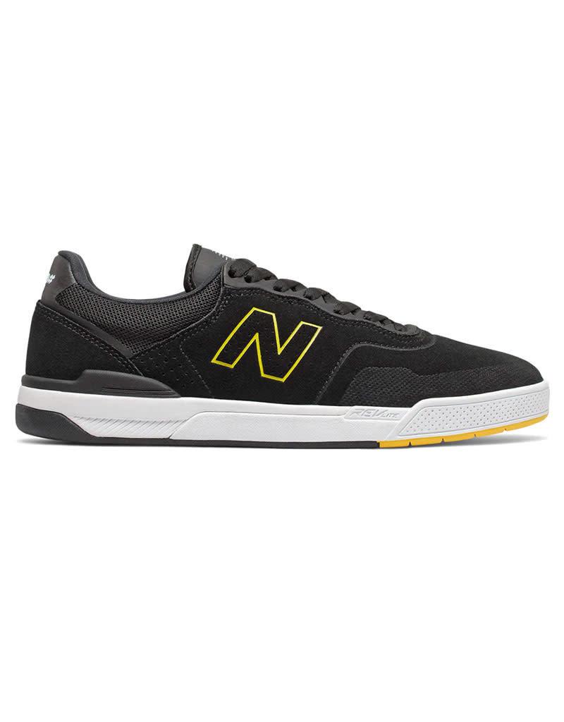 NEW BALANCE NUMERIC 913 - BLACK/YELLOW
