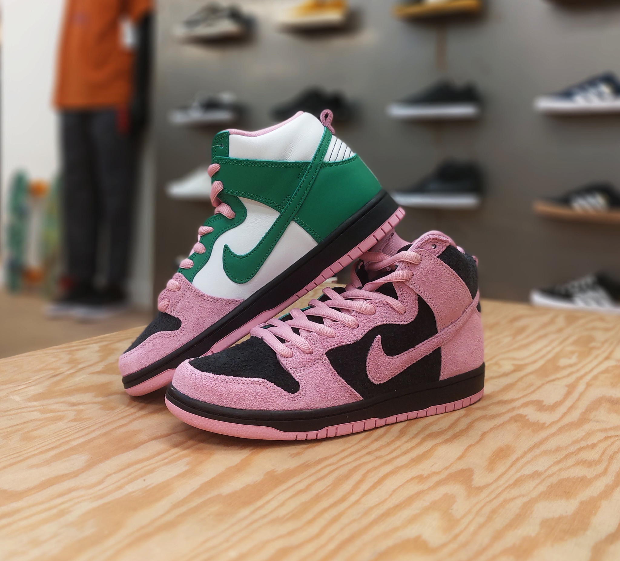 Nike SB Dunk High Pro Invert Celtics Raffle