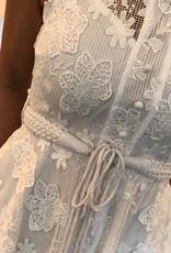 Wit geborduurd bloem jurkje