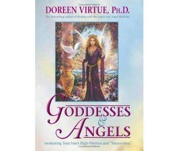Goddesses and Angels - Tweedehands