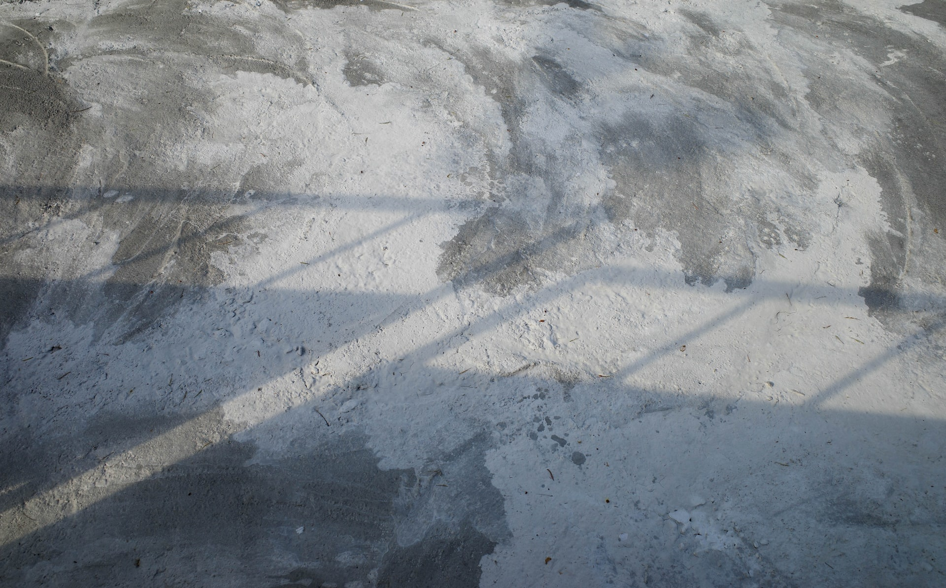 Jouw gevlinderde betonvloer schoonmaken?