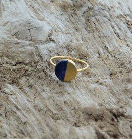 Treasure Rookie Gold lake ring lapis lazuli