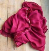 Lange bordeaux rode sjaal