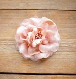 Oud roze corsage