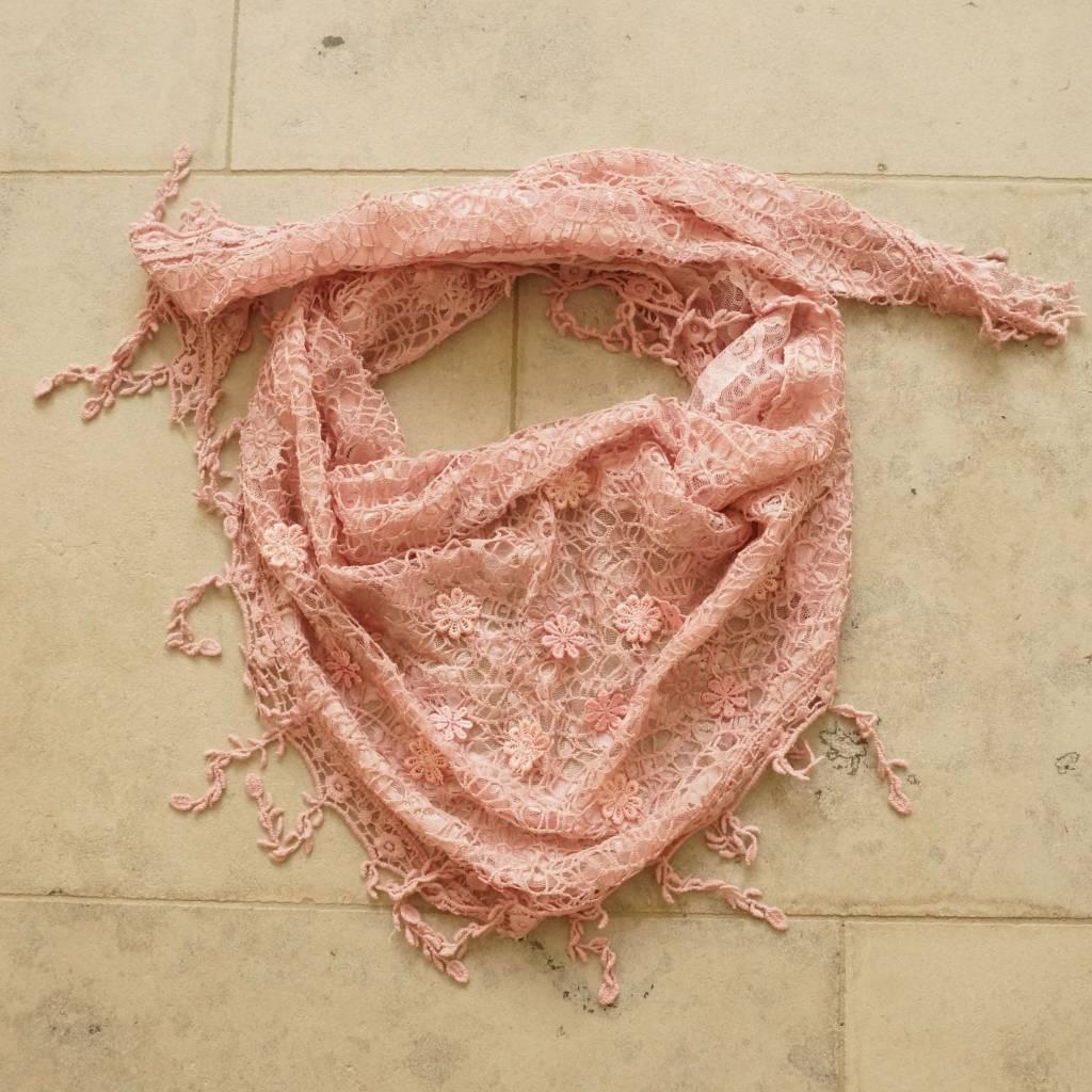Oudroze kanten sjaal