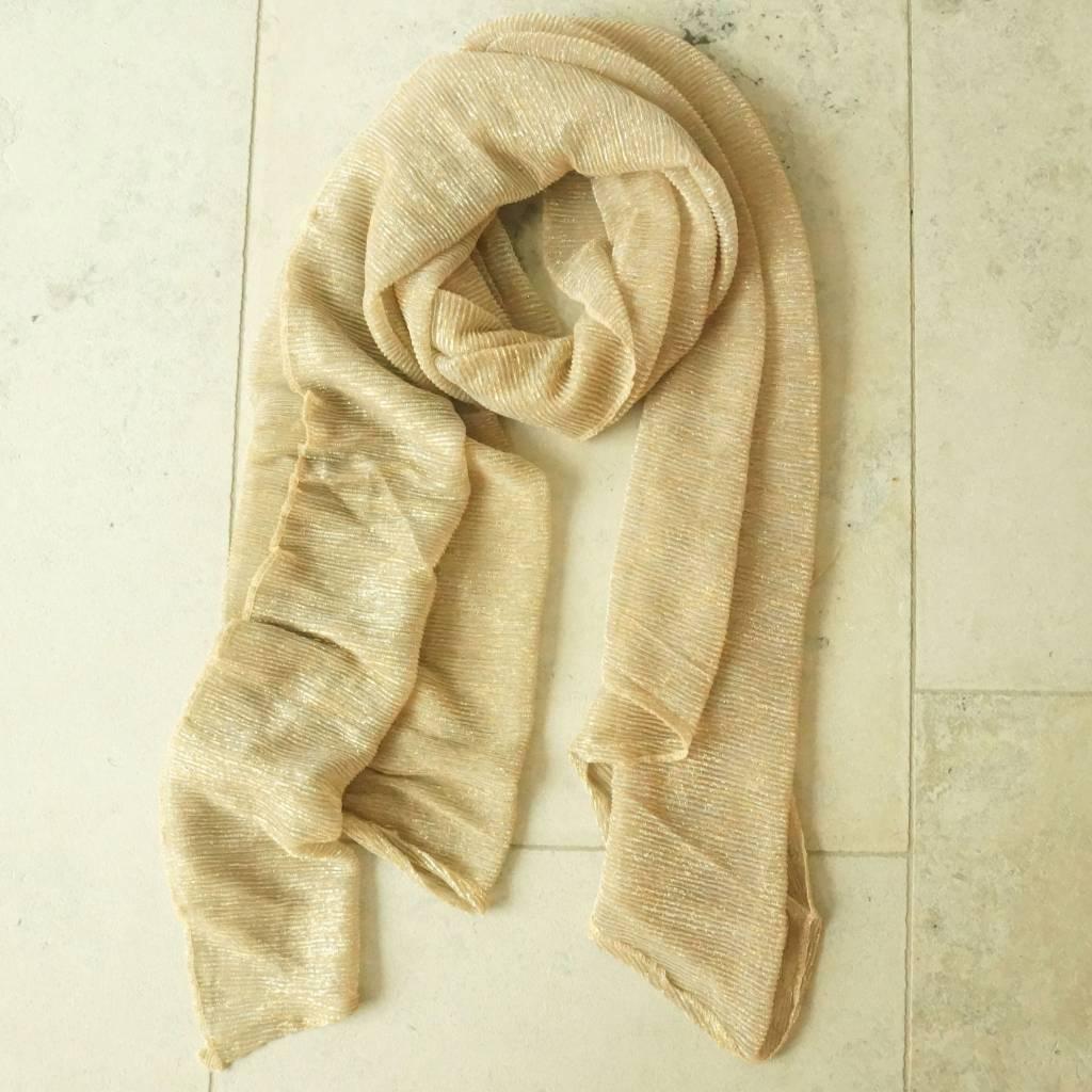 Goudkleurige sjaal