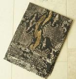 Bruine sjaal snake