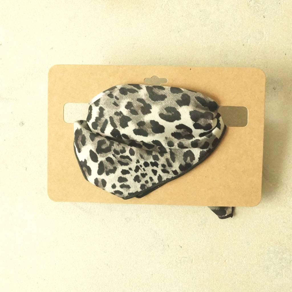 zwart witte bandana leopard
