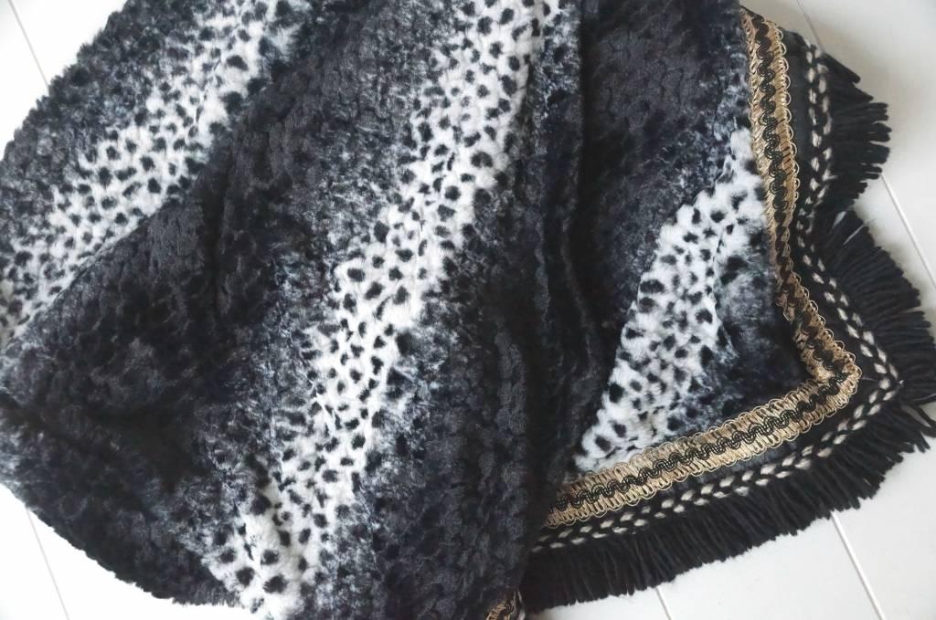 Driehoeksjaal leopard zwart/wit