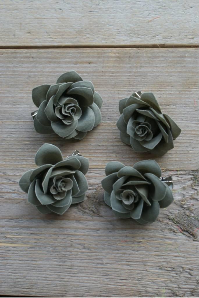 Grijze bloemetjes (4)