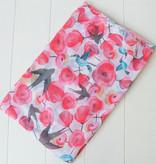 Roze sjaal vogels en bloemen