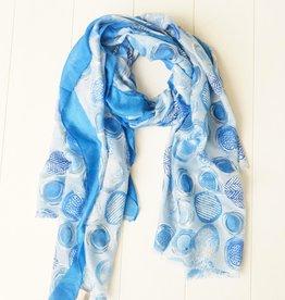 Sjaal met blauwe balletjes