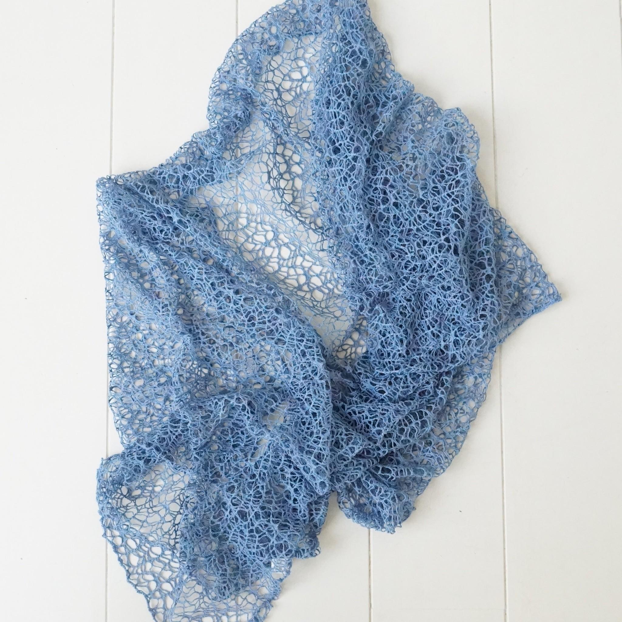 Lavendelblauwe sjaal