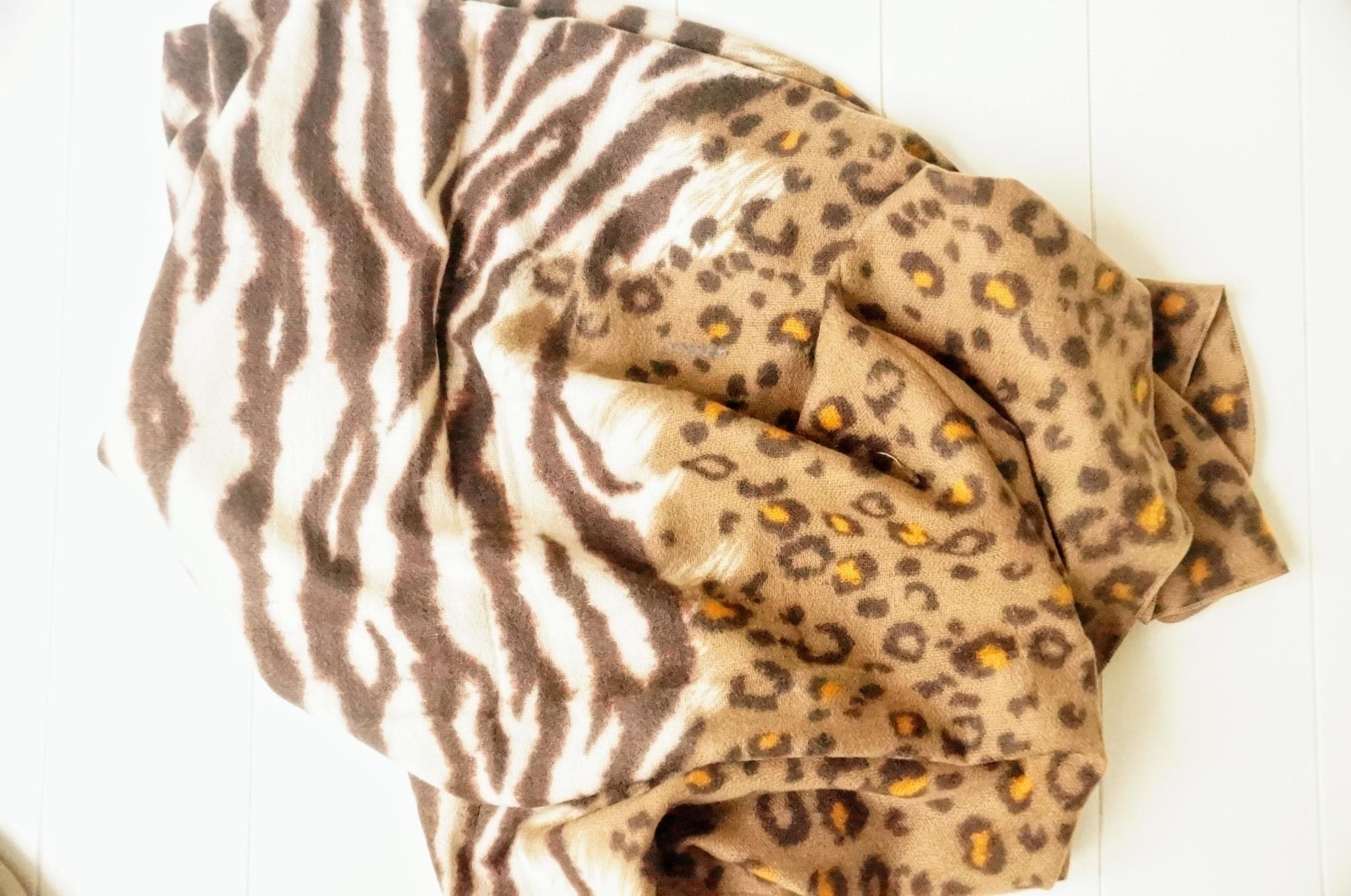 Bruine sjaal dierenprint