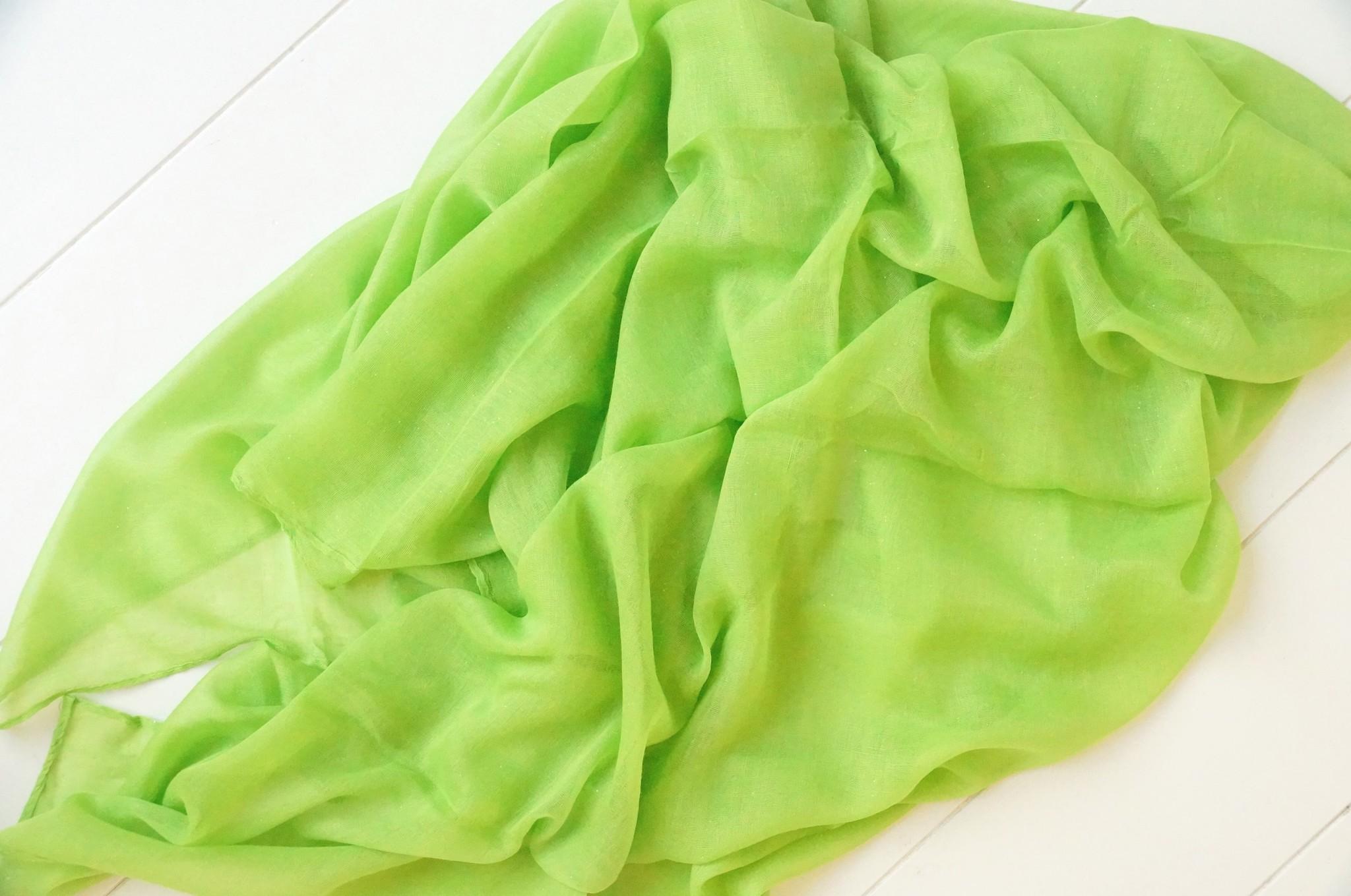 Fel groene sjaal