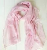 Licht roze sjaal