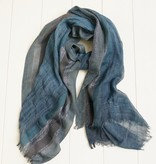 Donker blauwe sjaal