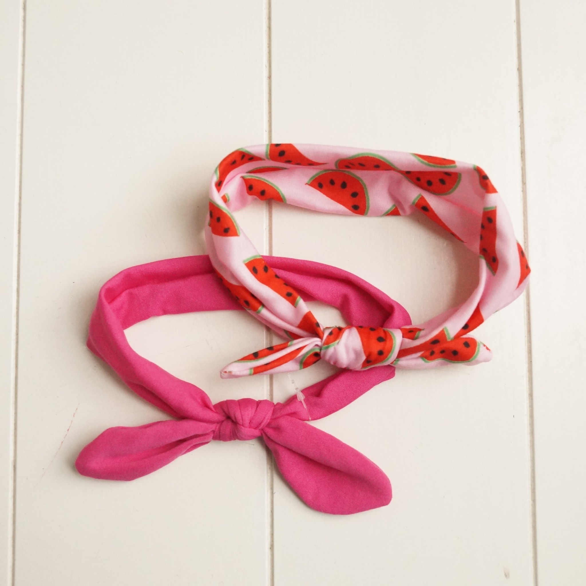 Kinderhaarbandjes roze (2)