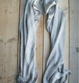 Zilverkleurige gehaakte sjaal