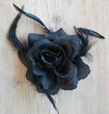 Zwarte bloem corsage