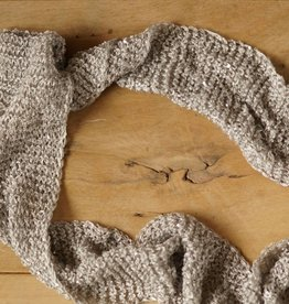 Grijze smalle sjaal