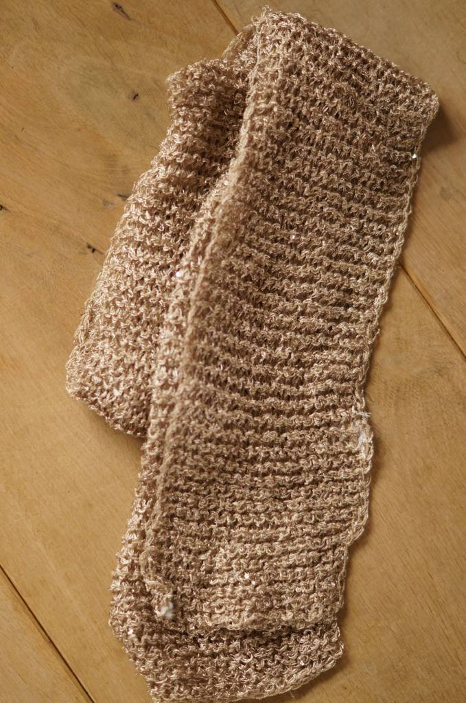 Licht bruine smalle sjaal